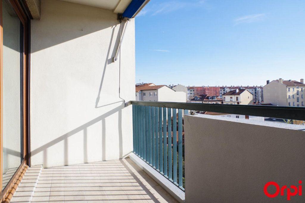 Appartement à louer 3 75.09m2 à Lyon 3 vignette-17