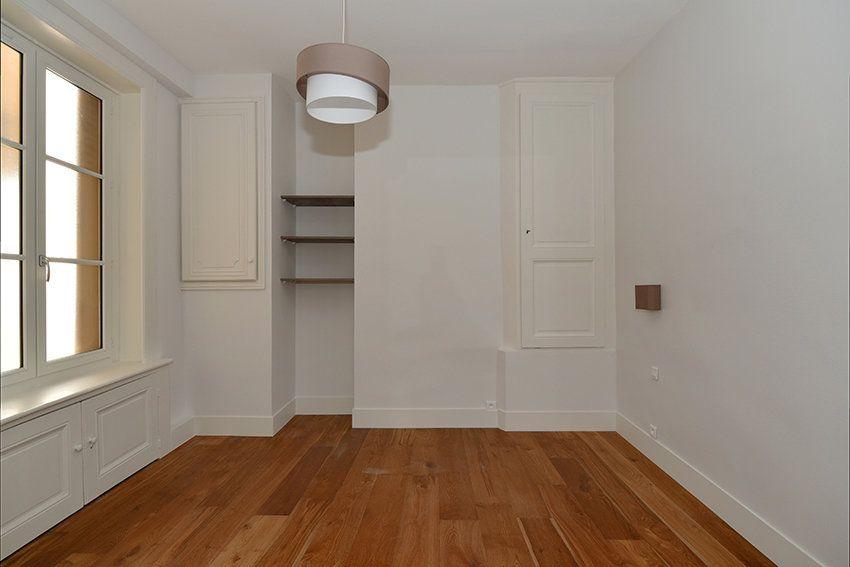 Appartement à louer 3 109.41m2 à Lyon 1 vignette-8