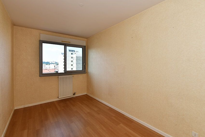 Appartement à louer 4 97.14m2 à Lyon 6 vignette-5