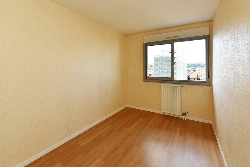 Appartement à louer 4 97.14m2 à Lyon 6 vignette-7