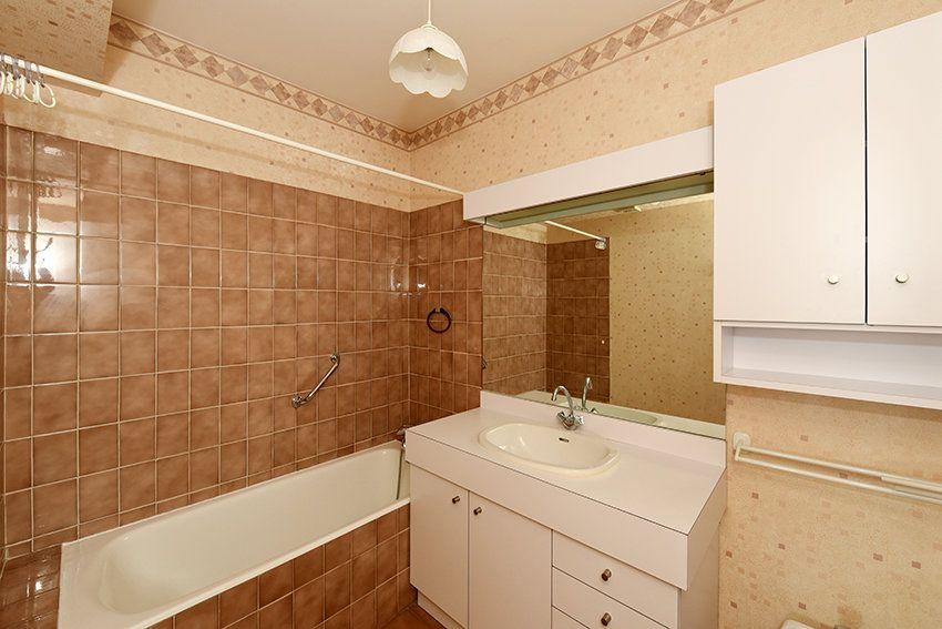 Appartement à louer 4 97.14m2 à Lyon 6 vignette-8