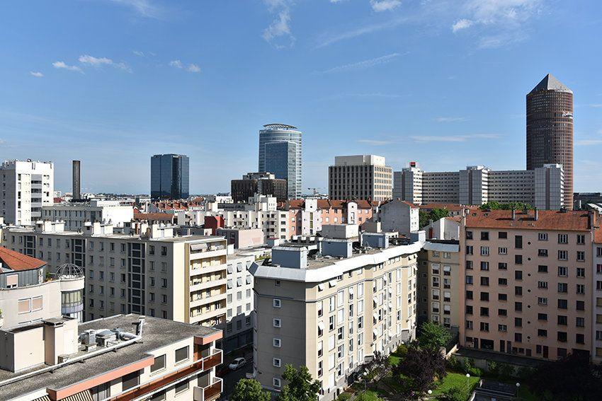 Appartement à louer 4 97.14m2 à Lyon 6 vignette-10