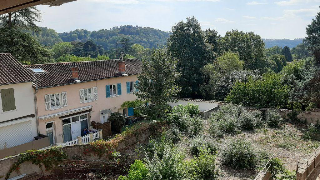 Appartement à vendre 3 62m2 à Collonges-au-Mont-d'Or vignette-1