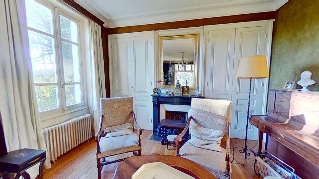 Maison à vendre 8 178m2 à Caluire-et-Cuire vignette-5