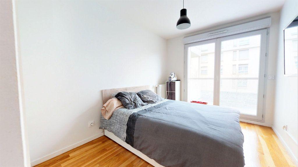 Appartement à vendre 4 81m2 à Bron vignette-6