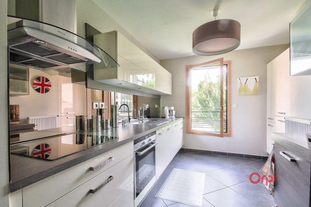 Appartement à vendre 4 88m2 à Tassin-la-Demi-Lune vignette-2