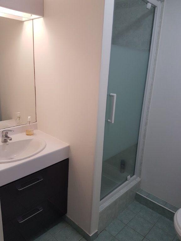 Appartement à louer 5 110.27m2 à Tassin-la-Demi-Lune vignette-6