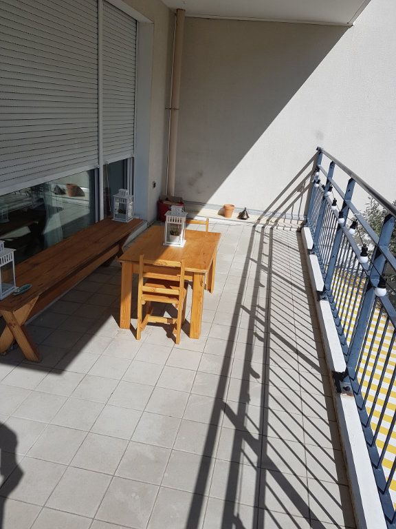 Appartement à louer 5 110.27m2 à Tassin-la-Demi-Lune vignette-9