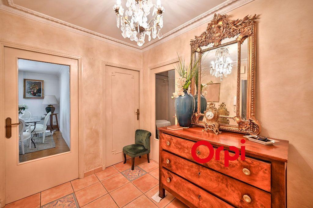 Appartement à vendre 5 109m2 à Tassin-la-Demi-Lune vignette-6