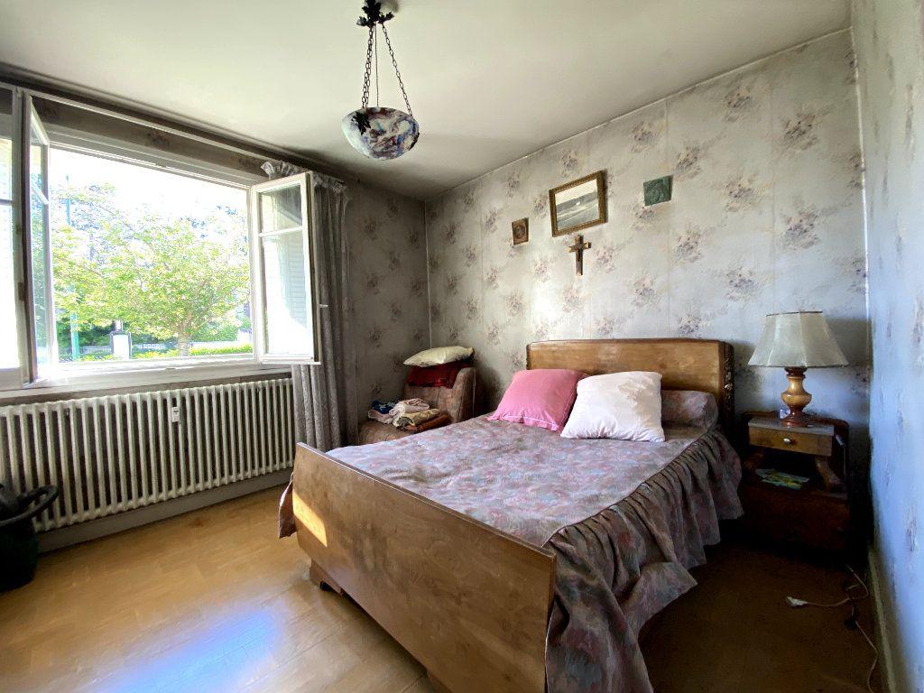Appartement à vendre 4 101m2 à Tassin-la-Demi-Lune vignette-8