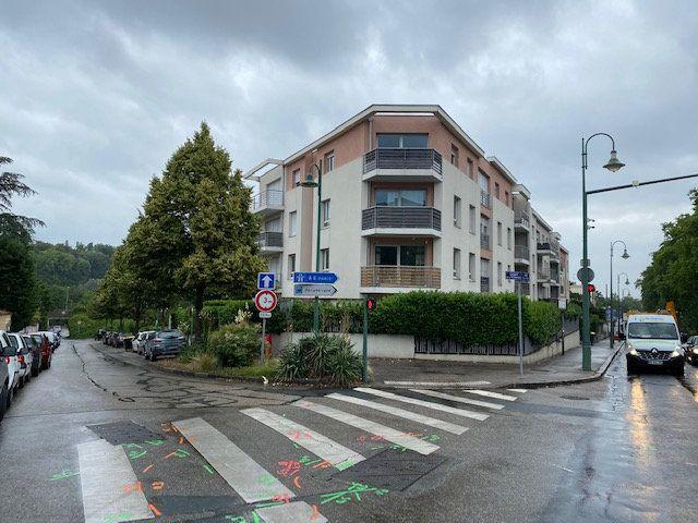Appartement à vendre 2 52.63m2 à Tassin-la-Demi-Lune vignette-3