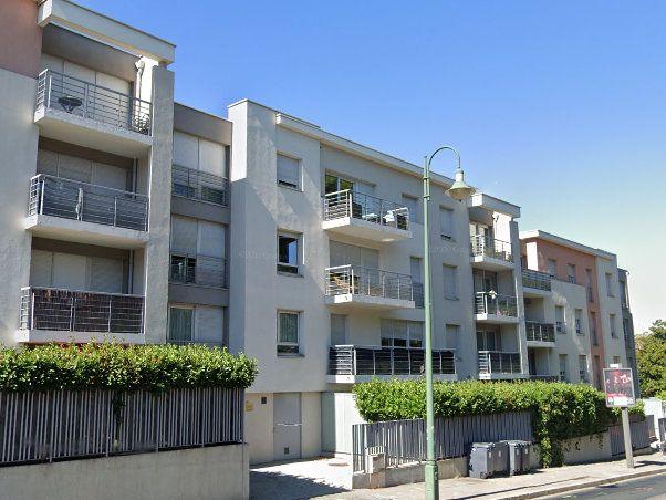 Appartement à vendre 2 47m2 à Tassin-la-Demi-Lune vignette-1