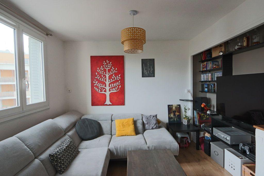 Appartement à vendre 3 53.45m2 à Tassin-la-Demi-Lune vignette-2