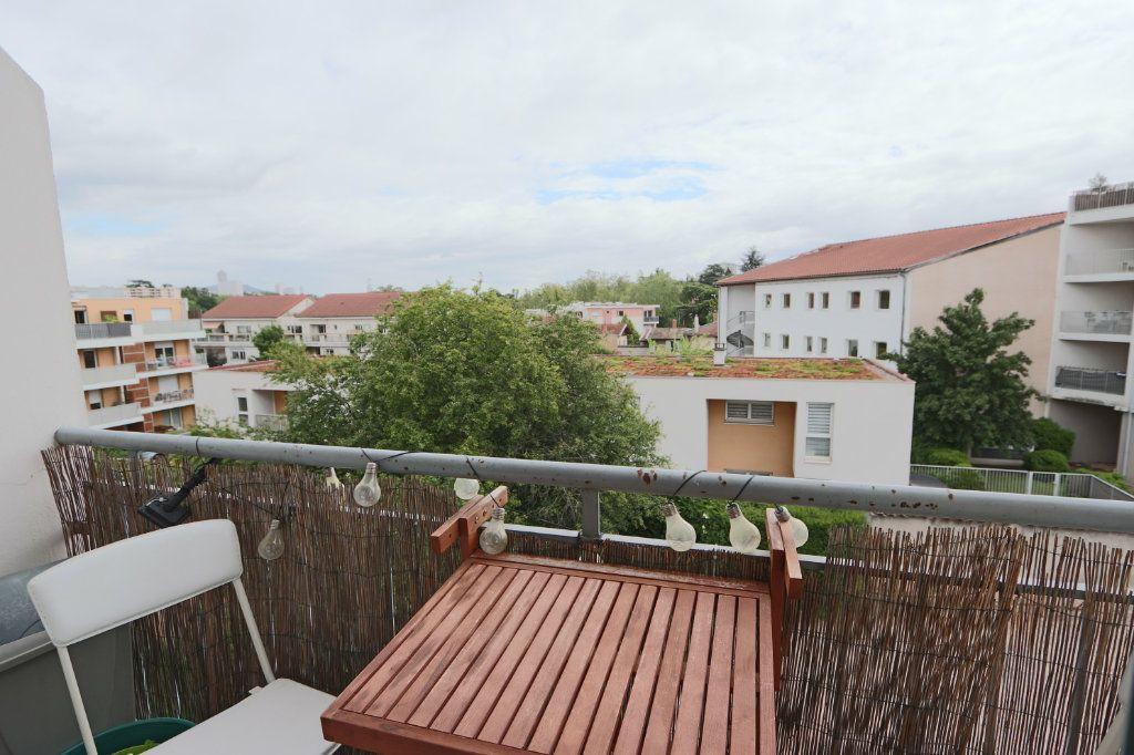 Appartement à vendre 3 53.45m2 à Tassin-la-Demi-Lune vignette-3