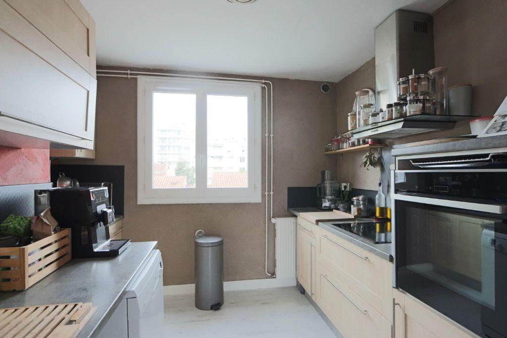 Appartement à vendre 3 53.45m2 à Tassin-la-Demi-Lune vignette-4