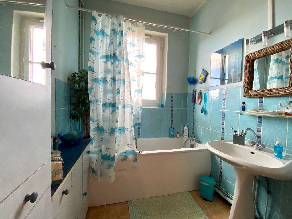 Appartement à vendre 3 87m2 à Tassin-la-Demi-Lune vignette-5