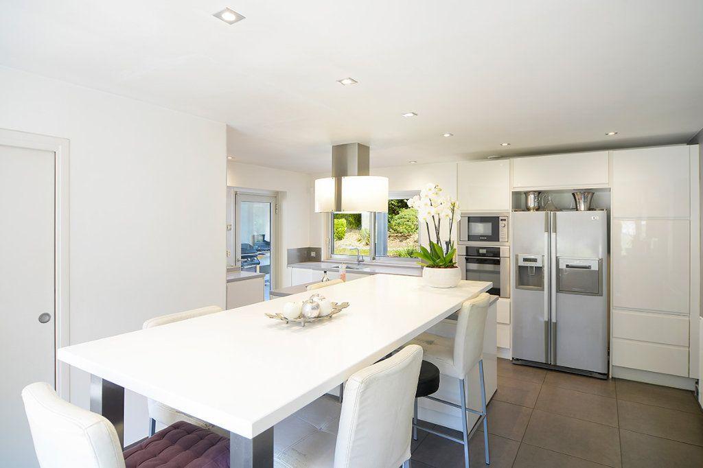 Maison à vendre 8 250m2 à Écully vignette-3