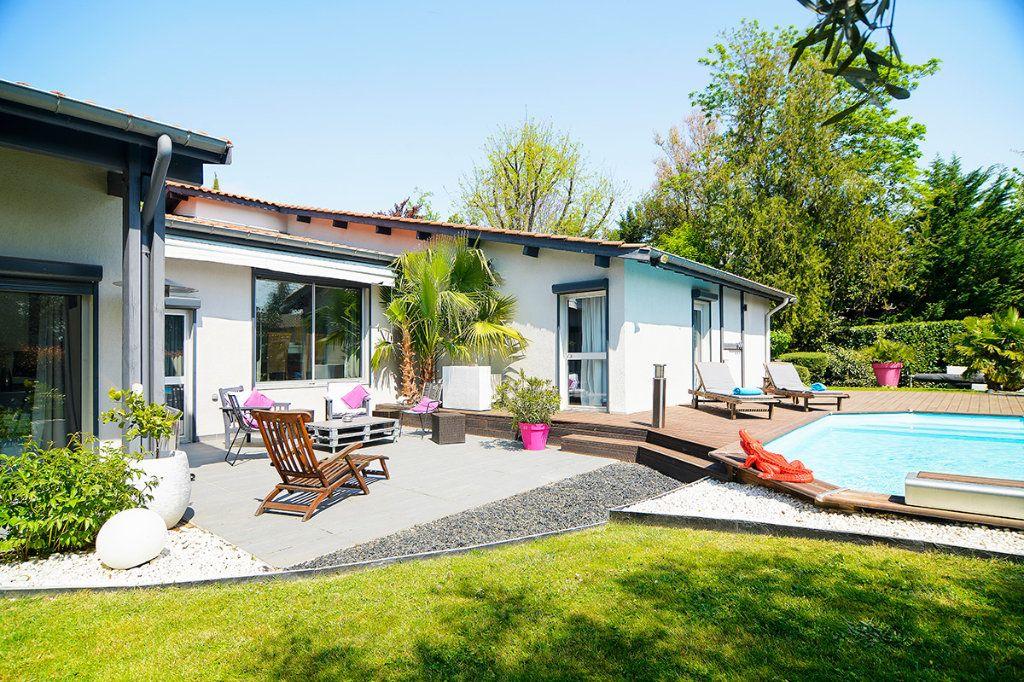 Maison à vendre 8 250m2 à Écully vignette-10
