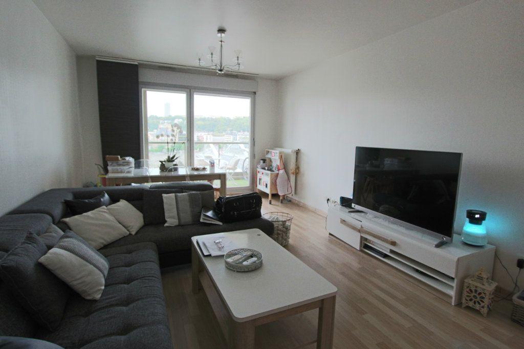 Appartement à vendre 3 73.4m2 à Lyon 4 vignette-1