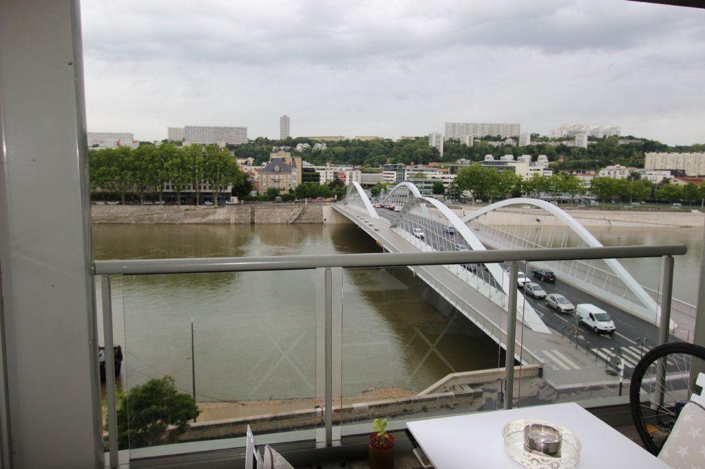 Appartement à vendre 3 73.4m2 à Lyon 4 vignette-4