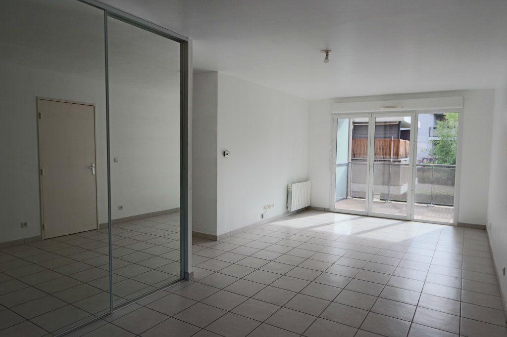Appartement à vendre 3 66.35m2 à Tassin-la-Demi-Lune vignette-1