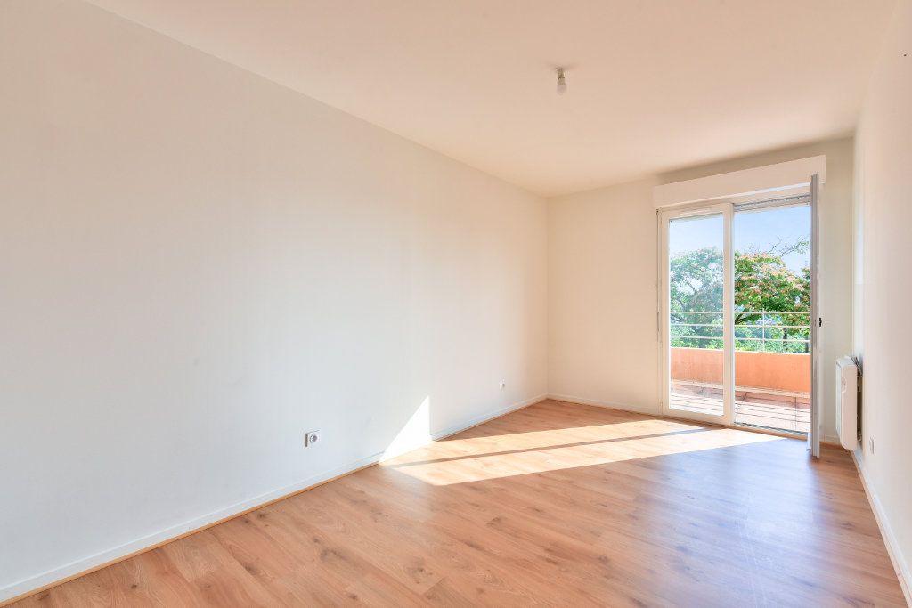 Appartement à vendre 4 108m2 à Dardilly vignette-5
