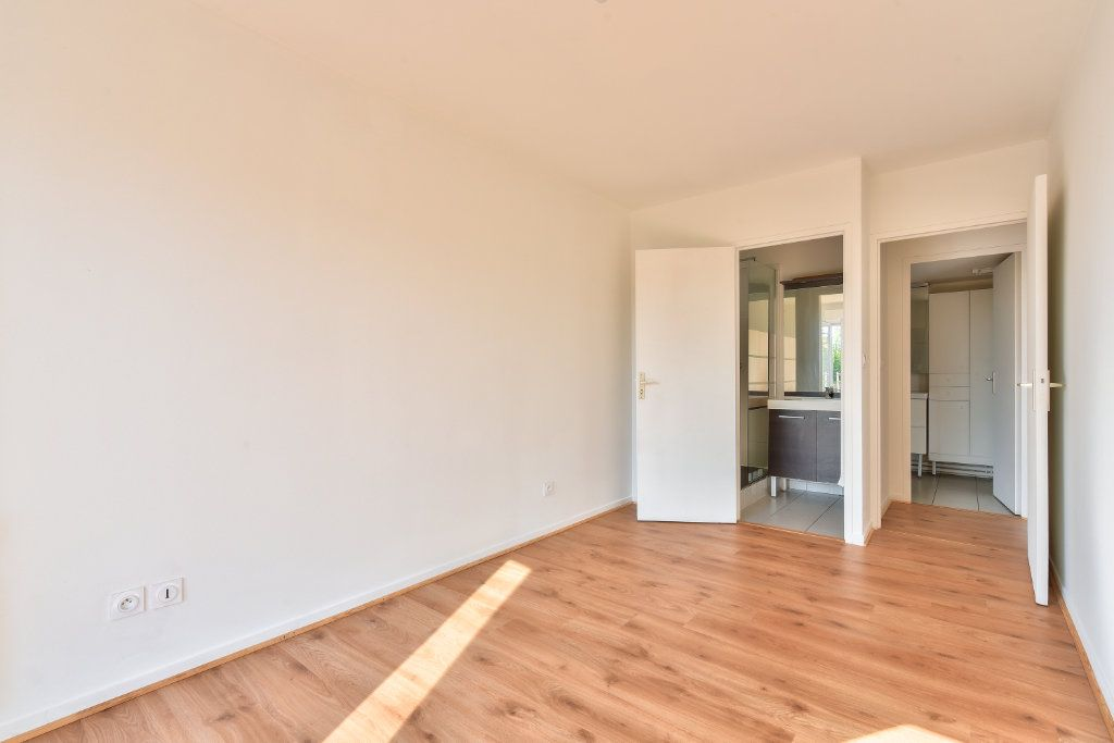 Appartement à vendre 4 108m2 à Dardilly vignette-6