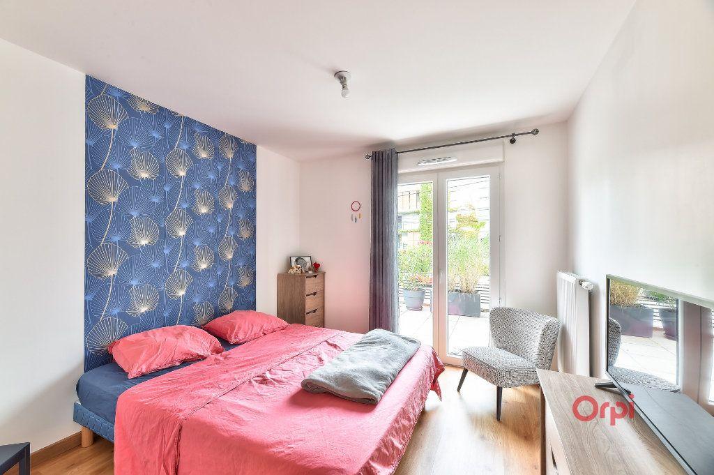 Appartement à vendre 3 65m2 à Tassin-la-Demi-Lune vignette-6