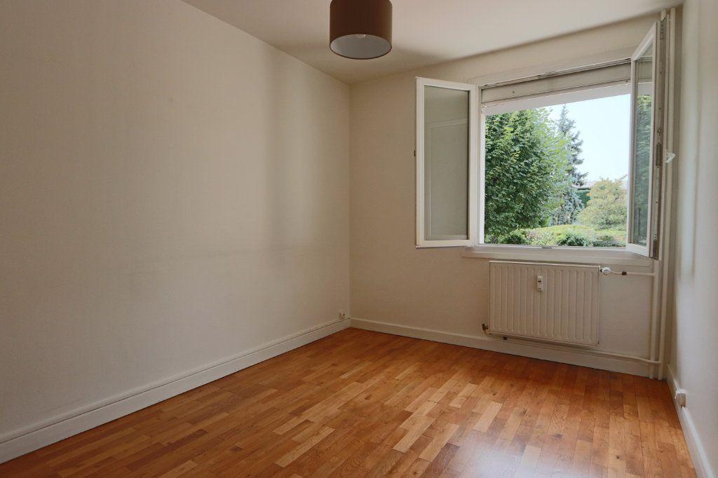 Appartement à louer 2 52.09m2 à Tassin-la-Demi-Lune vignette-3