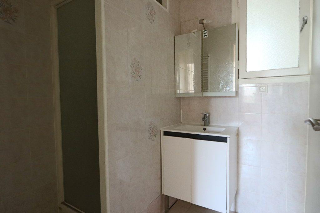 Appartement à louer 2 52.09m2 à Tassin-la-Demi-Lune vignette-4