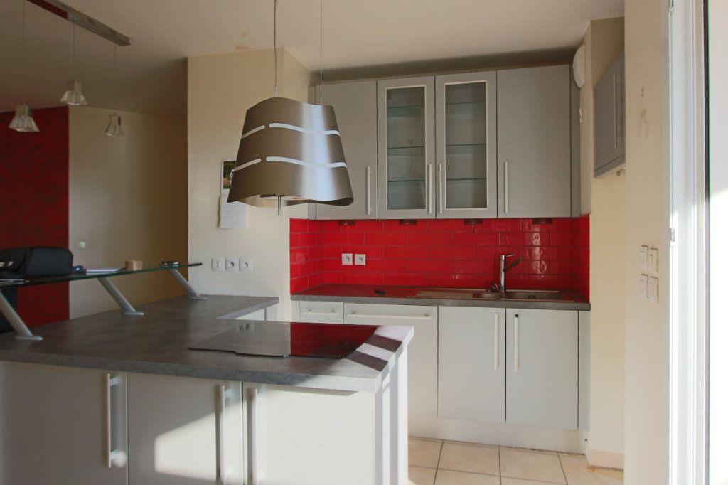 Appartement à louer 3 63m2 à Écully vignette-1