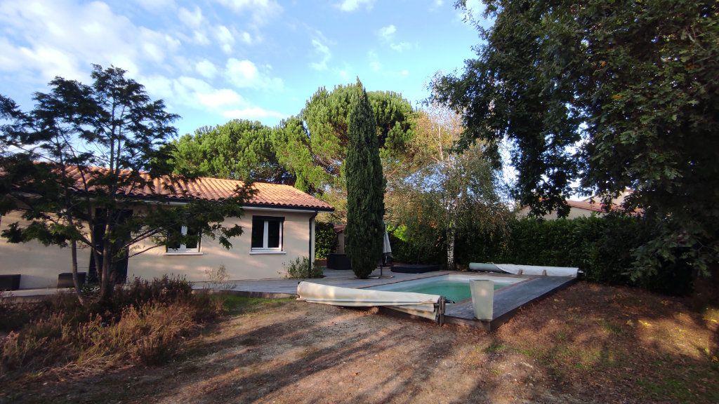 Maison à vendre 4 90m2 à Saint-Jean-d'Illac vignette-3