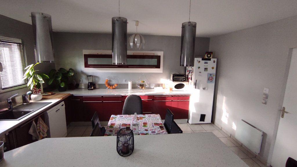 Maison à vendre 4 90m2 à Saint-Jean-d'Illac vignette-5