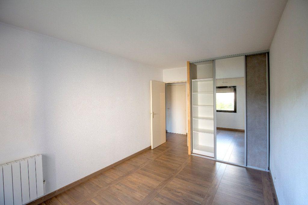 Appartement à vendre 3 69.73m2 à Bordeaux vignette-5