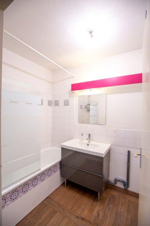 Appartement à vendre 3 69.73m2 à Bordeaux vignette-7