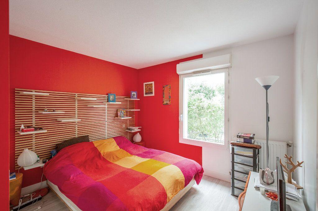 Appartement à vendre 4 90.56m2 à Bordeaux vignette-4