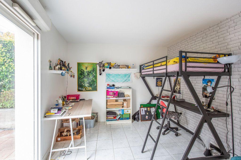 Appartement à vendre 4 90.56m2 à Bordeaux vignette-5