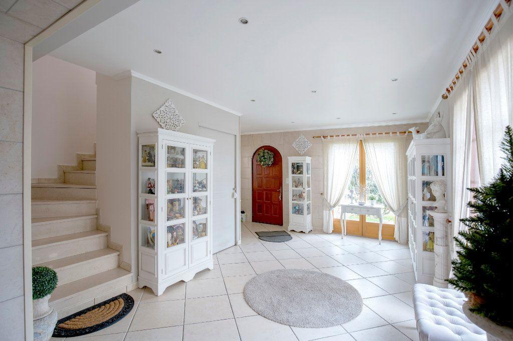 Maison à vendre 7 193m2 à Villenave-d'Ornon vignette-2