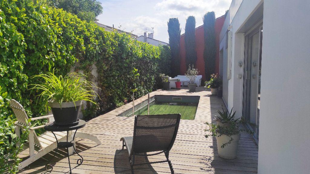 Maison à vendre 5 170m2 à Bordeaux vignette-2