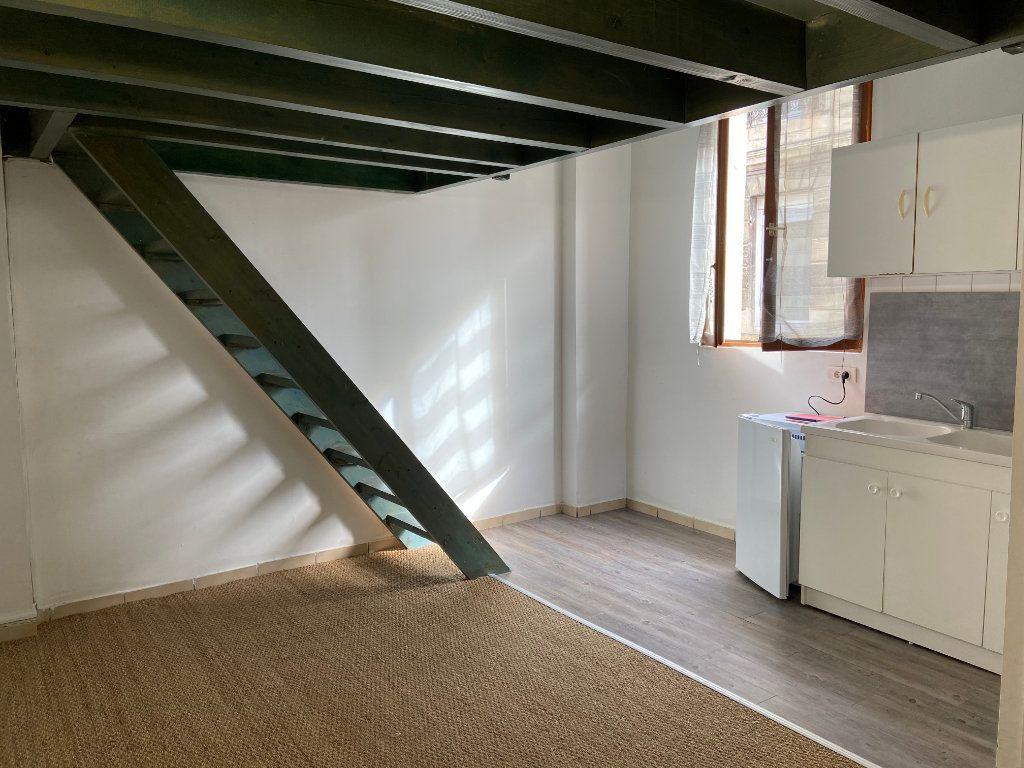Appartement à louer 1 27m2 à Talence vignette-1