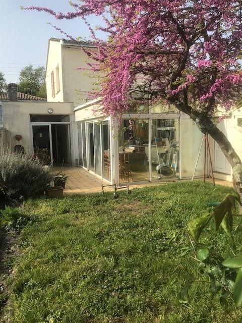 Maison à vendre 7 169m2 à Talence vignette-1