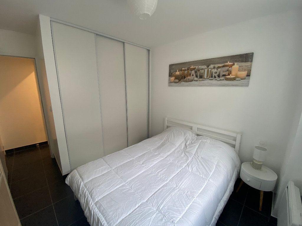 Appartement à louer 2 37m2 à Bordeaux vignette-4