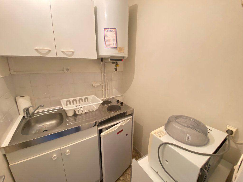 Appartement à louer 1 19.3m2 à Pessac vignette-4