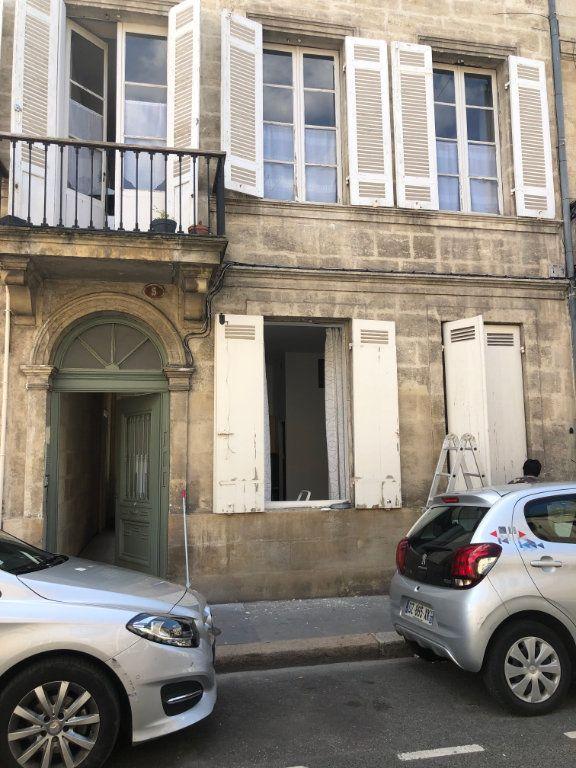 Appartement à louer 1 17m2 à Bordeaux vignette-3