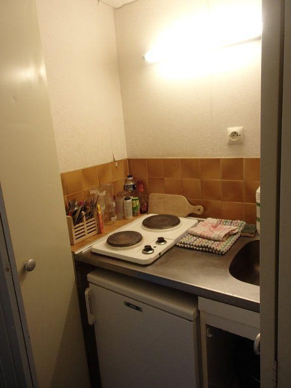 Appartement à louer 1 18m2 à Gradignan vignette-3