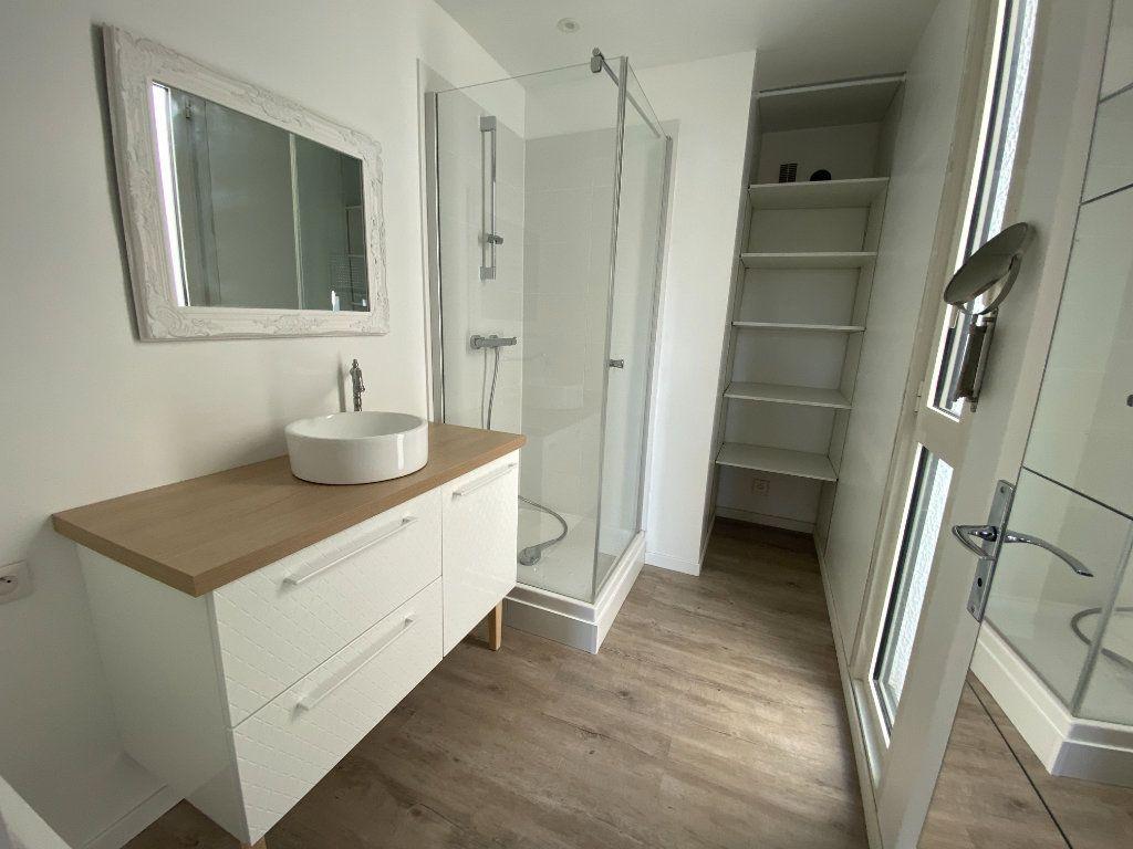 Appartement à vendre 2 45m2 à Talence vignette-1