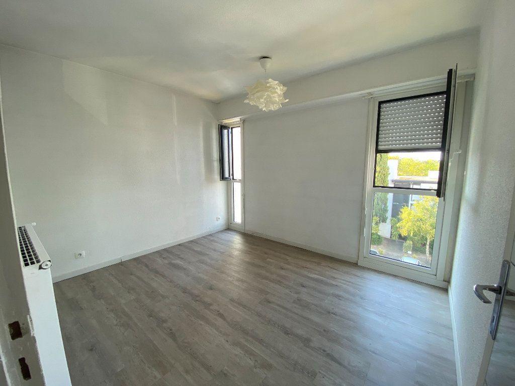 Appartement à vendre 2 45m2 à Talence vignette-4