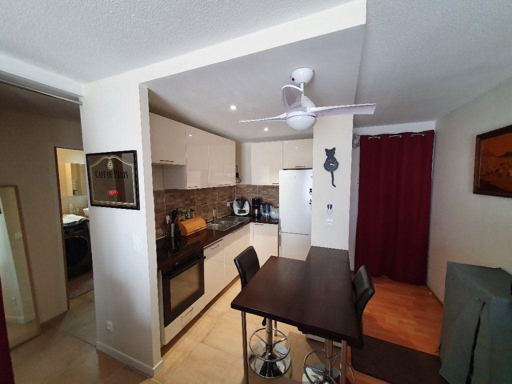 Appartement à vendre 3 51.34m2 à Talence vignette-2