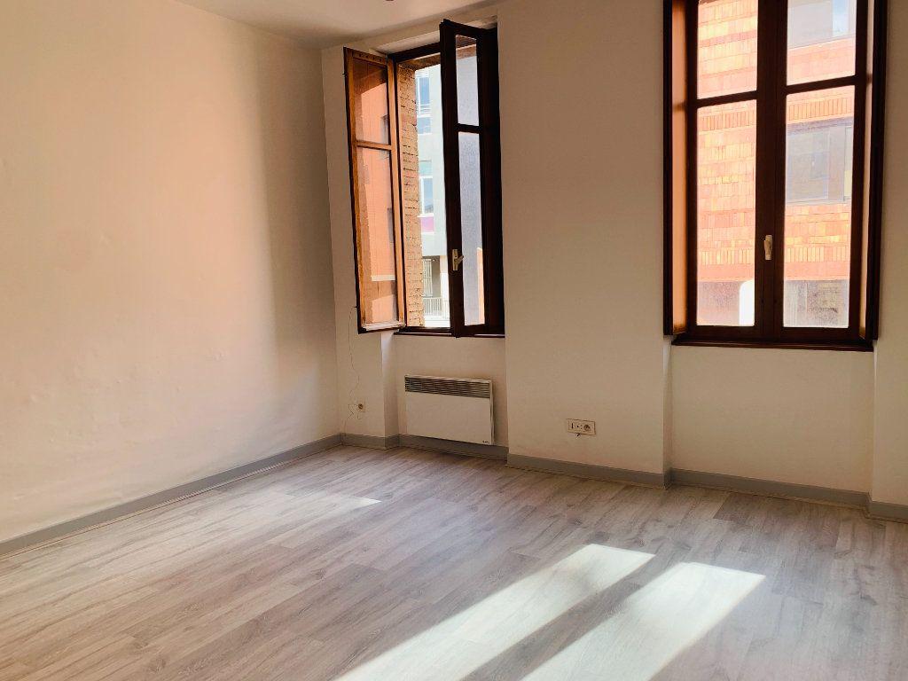 Appartement à louer 1 22.66m2 à Toulouse vignette-1