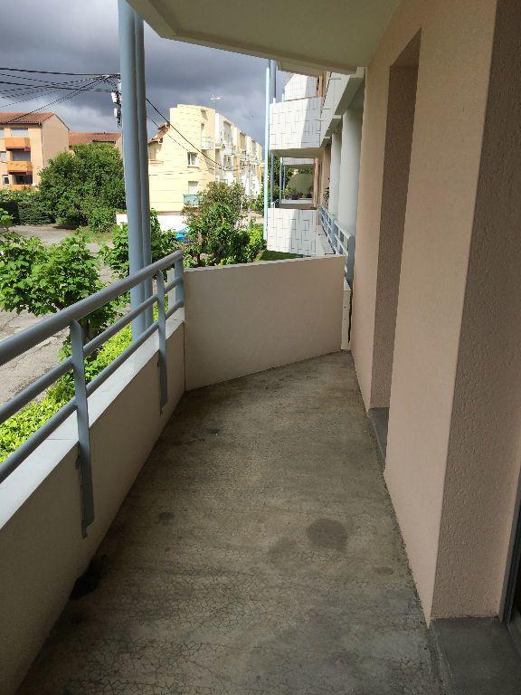 Appartement à louer 2 29m2 à Toulouse vignette-4